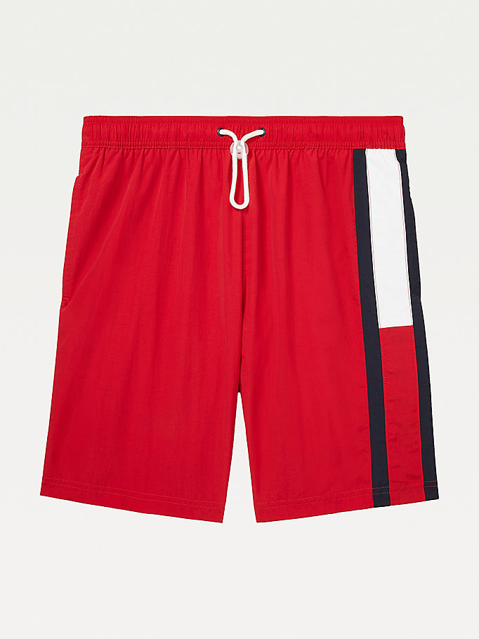short de bain mi-long adaptive à drapeau rouge pour men tommy hilfiger