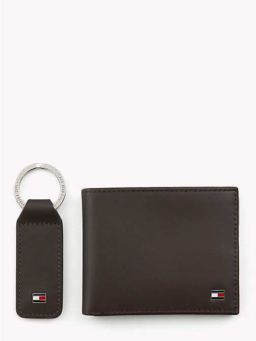 TOMMY HILFIGER Compact Leather Wallet and Key Fob Set - BROWN - TOMMY HILFIGER NEW IN - main image