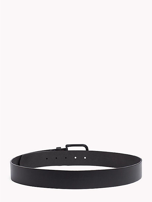 TOMMY JEANS Matte Leather Belt - BLACK - TOMMY JEANS VACATION FOR HIM - detail image 1