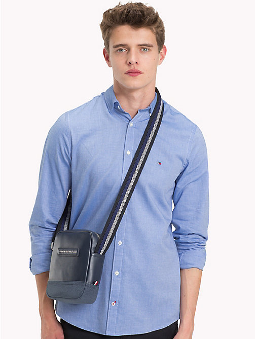 TOMMY HILFIGER Gestreifte Crossbody-Tasche - AIRFORCE BLUE - TOMMY HILFIGER NEW IN - main image 1
