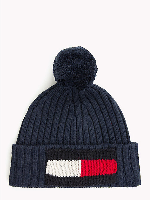 TOMMY HILFIGER Beanie mit großer gestrickter Flag - TOMMY NAVY - TOMMY HILFIGER Bags & Accessories - main image