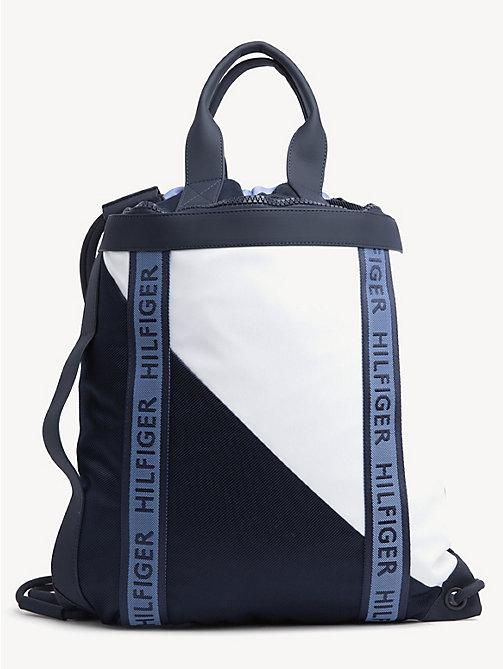 ece2463113f07 TOMMY HILFIGERPlecak-torba w kontrastowych kolorach z zapięciem na troczki