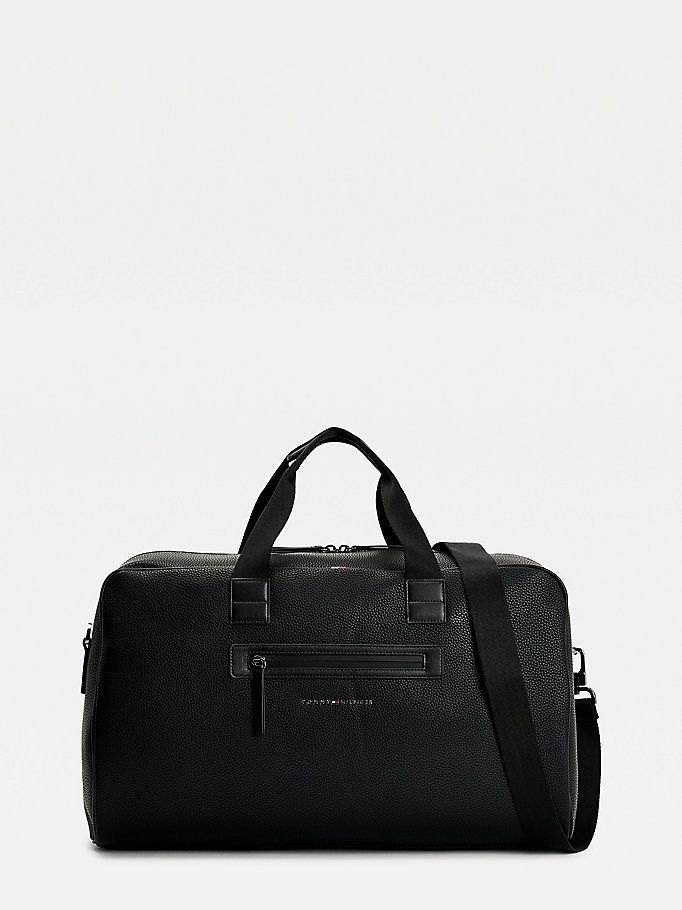 black essential pebble grain weekender bag for men tommy hilfiger