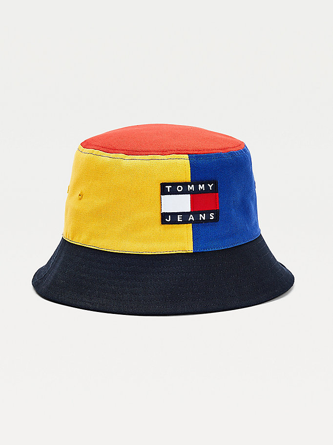 blau color block-fischerhut mit flag-badge für men - tommy jeans