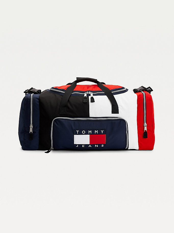 blue tommy flag badge colour-blocked duffle bag for men tommy jeans