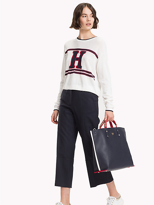 TOMMY HILFIGER Tote-Bag mit Kette am Griff - TOMMY NAVY - TOMMY HILFIGER Colorblock Collection - main image 1