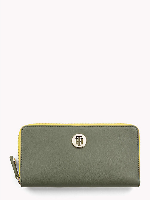 TOMMY HILFIGER Large Colour-Blocked Chain Wallet - FOUR LEAF CLOVER - TOMMY HILFIGER Colour-block collection - main image