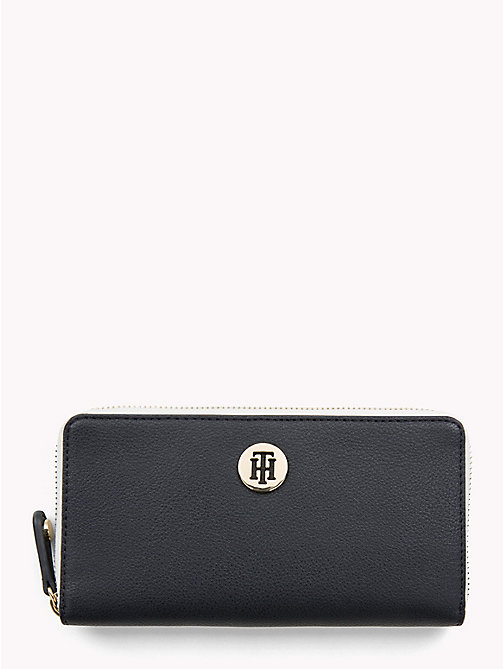TOMMY HILFIGER Large Colour-Blocked Chain Wallet - TOMMY NAVY - TOMMY HILFIGER Colour-block collection - main image