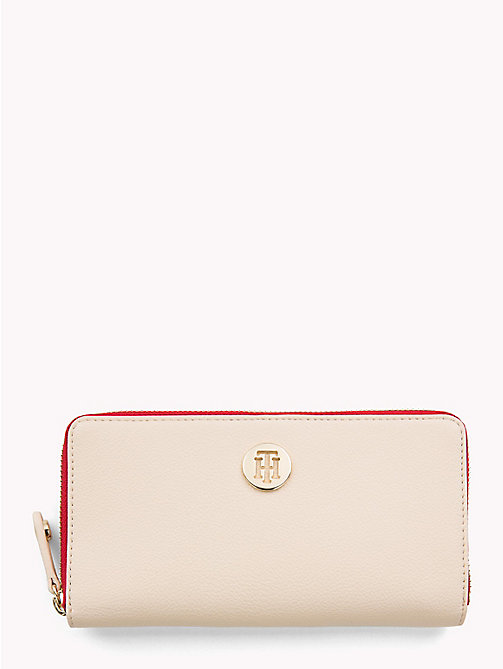 TOMMY HILFIGER Large Colour-Blocked Chain Wallet - TAPIOCA - TOMMY HILFIGER VACATION FOR HER - main image