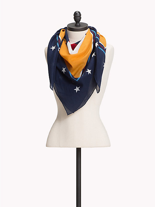 TOMMY JEANS Tommy Jeans Heart Print Scarf - BUTTERSCOTCH - TOMMY JEANS VACATION FOR HER - main image