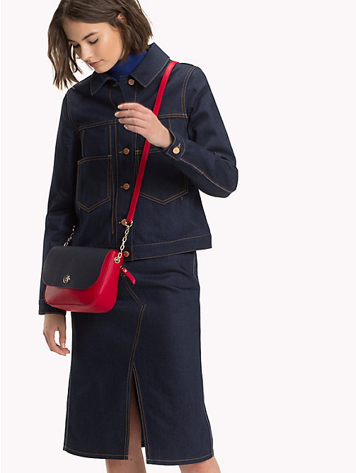 TOMMY HILFIGER Crossbodytas met monogram - TOMMY RED/ CORP STRIPE - TOMMY HILFIGER Crossbodytassen - detail image 1