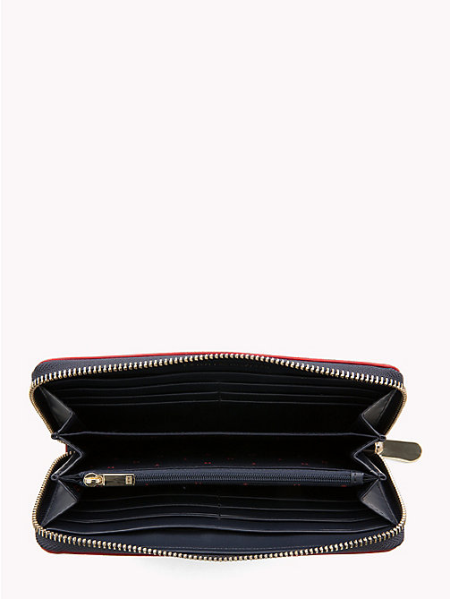 TOMMY HILFIGER Large Monogram Wallet - TOMMY NAVY/ RED EDGE PAINT - TOMMY HILFIGER Black Friday Women - detail image 1