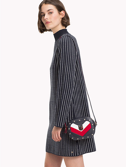 TOMMY HILFIGER Crossbody-Ledertasche mit Mascot-Design - CORPORATE - TOMMY HILFIGER NEW IN - main image 1