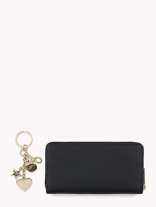 TOMMY HILFIGER Wallet and Key Fob Gift Set - TOMMY NAVY/ BURGUNDY - TOMMY HILFIGER Wallets & Keyrings - detail image 1