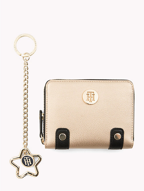 TOMMY HILFIGER Wallet and Key Fob Gift Set - GOLD/ BLACK - TOMMY HILFIGER Stocking Stuffers - main image