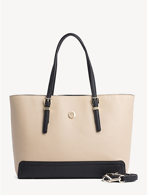 TOMMY HILFIGER Colour-blocked shopper met monogram - WARM SAND - TOMMY HILFIGER Shoppers - main image