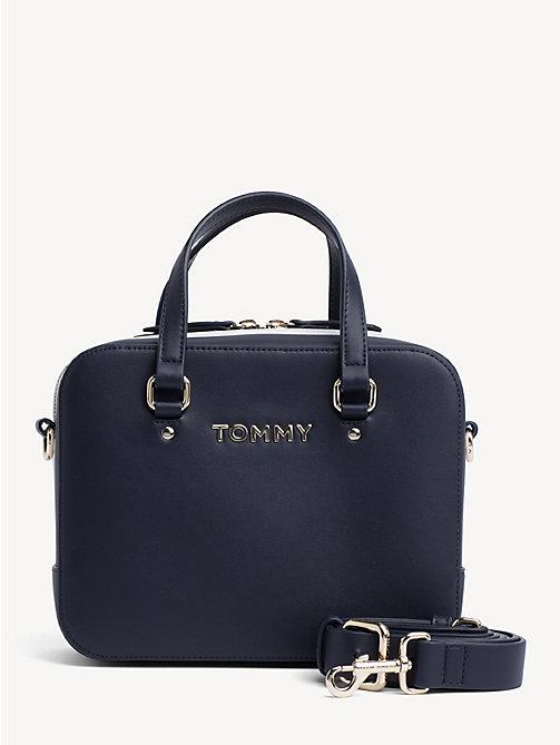 b081df1af0 TOMMY HILFIGERPetit sac carré emblématique. 119,90 €. NOUVEAU