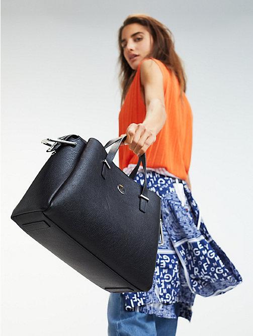 76041f9450 Taschen & Handtaschen für Damen | Tommy Hilfiger® DE