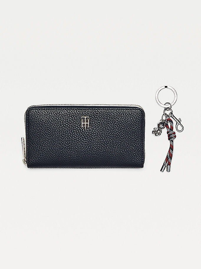 blue th essence zip-around wallet gift box for women tommy hilfiger