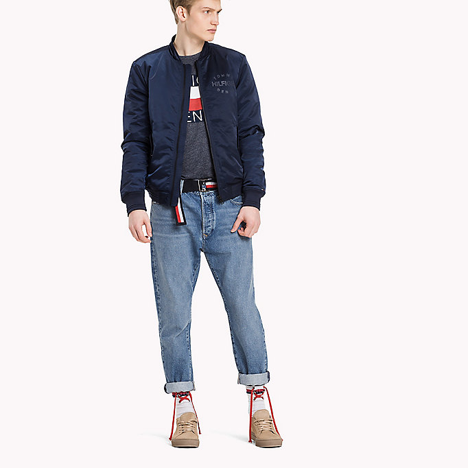 TOMMY JEANS Regular Fit Satin-Bomberjacke - WINDSOR WINE - TOMMY JEANS Kleidung - main image 2