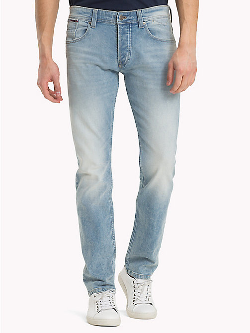 TOMMY JEANS Jeans tapered fit - OAK LIGHT BLUE COMFORT - TOMMY JEANS Jeans Tapered - imagen principal