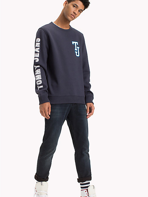 TOMMY JEANS Fleece Logo Sweatshirt - BLACK IRIS - TOMMY JEANS Hoodies & Sweatshirts - main image