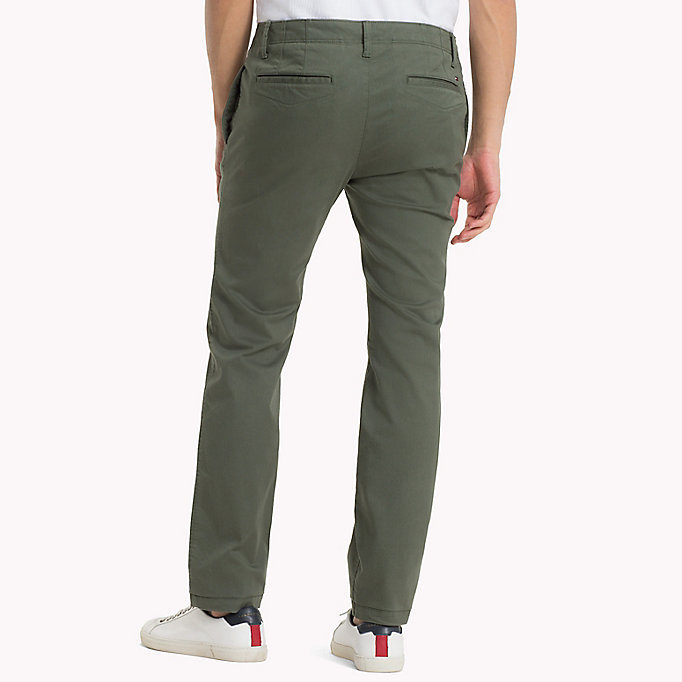 TOMMY JEANS Slim Fit Chinos aus Baumwoll-Twill - SESAME - TOMMY JEANS Kleidung - main image 1