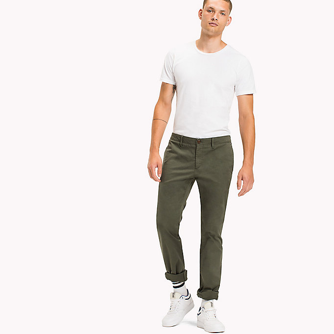 TOMMY JEANS Slim Fit Chinos aus Baumwoll-Twill - SESAME - TOMMY JEANS Kleidung - main image 3