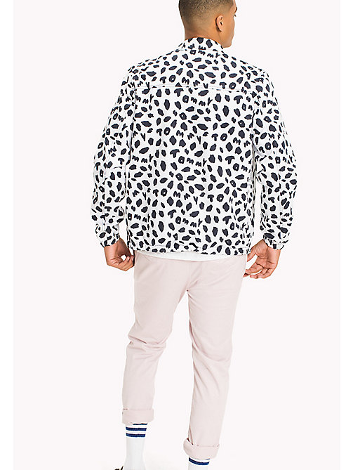 TOMMY JEANS Printed Coach Jacket - ANIMAL PRINT CLASSIC WHITE - TOMMY JEANS MEN - detail image 1