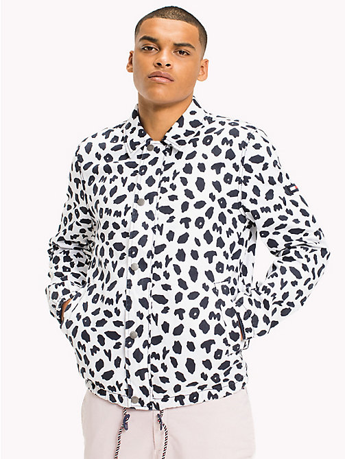 TOMMY JEANS Printed Coach Jacket - ANIMAL PRINT CLASSIC WHITE - TOMMY JEANS MEN - main image