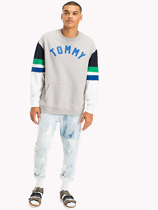 TOMMY JEANS Colour-Blocked Relaxed Fit Sweatshirt - LT GREY HTR / MULTI - TOMMY JEANS MEN - main image