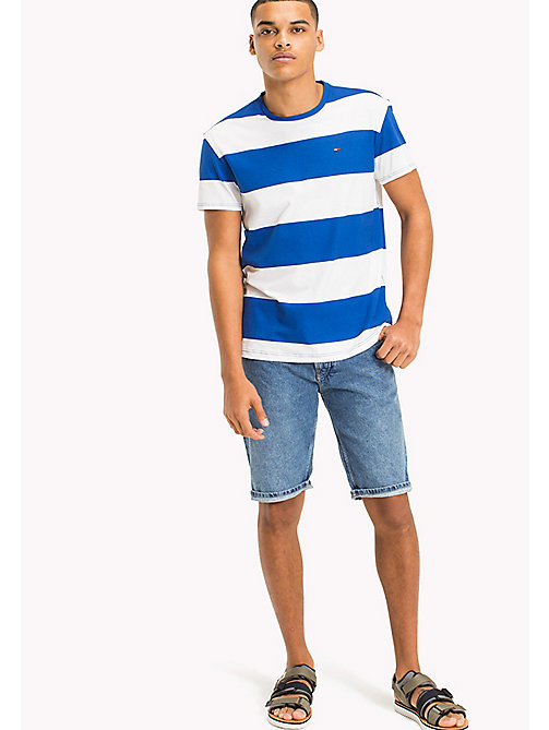 TOMMY JEANS T-shirt à larges rayures - NAUTICAL BLUE - TOMMY JEANS Looks de vacances - image principale