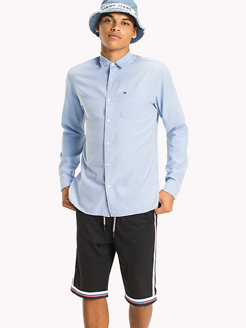 TOMMY JEANS Regular Fit Dobby Shirt - NAUTICAL BLUE - TOMMY JEANS HOMBRES - imagen principal