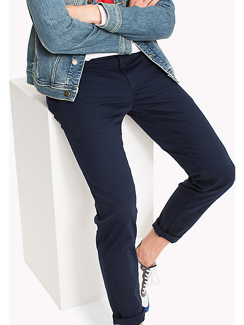 TOMMY JEANS Fitted Straight Leg Chinos - BLACK IRIS - TOMMY JEANS MEN - main image