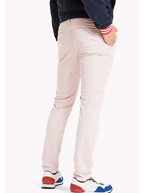 TOMMY JEANS Slim Fit Chinos aus Twill - VIOLET ICE - TOMMY JEANS Kleidung - main image 1