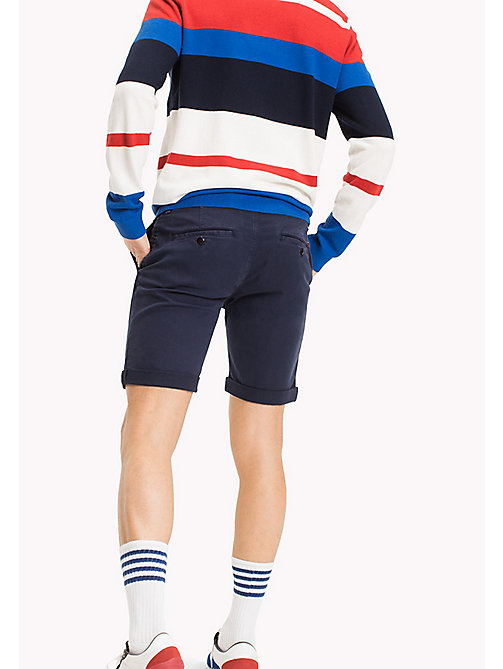 TOMMY JEANS Chino-Shorts aus Baumwoll-Stretch - BLACK IRIS - TOMMY JEANS Hosen & Shorts - main image 1