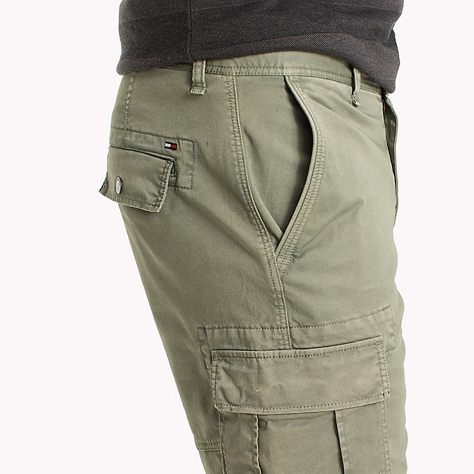 TOMMY JEANS Cotton Stretch Twill Cargo Shorts - PLAZA TAUPE - TOMMY JEANS Men - detail image 3