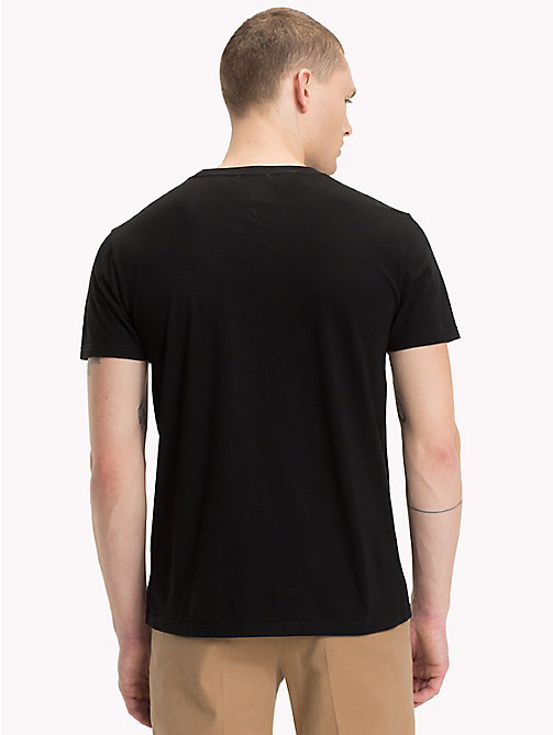 TOMMY JEANS Organic Cotton Logo T-Shirt - TOMMY BLACK - TOMMY JEANS Sustainable Evolution - detail image 1
