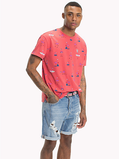 TOMMY JEANS T-shirt z letnim nadrukiem - FLAMINGO AOP / ROSE OF SHARON -  T-Shirts & Polos - main image