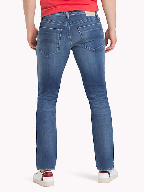 TOMMY JEANS Slim Fit Jeans mit Fade-Effekt - DYNAMIC JACOB MID BLUE STR. - TOMMY JEANS Slim Fit Jeans - main image 1