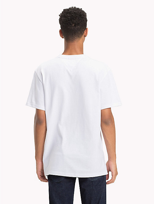 TOMMY JEANS Tommy Classics Regular Fit T-Shirt - CLASSIC WHITE - TOMMY JEANS Tommy Classics - main image 1
