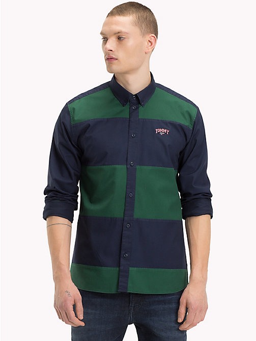 TOMMY JEANS Hemd mit Farbblockdesign - HUNTER GREEN/BLACK IRIS - TOMMY JEANS Hemden - main image