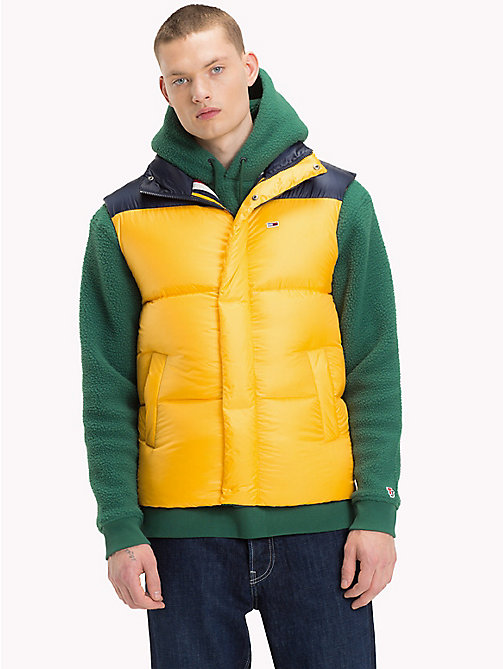 TOMMY JEANS Tommy Classics Padded Gilet - SPECTRA YELLOW / BLACK IRIS - TOMMY JEANS Sustainable Evolution - detail image 1