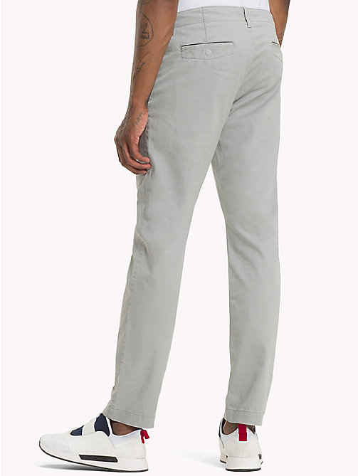 TOMMY JEANS Essential Slim Fit Chinos - DRIZZLE - TOMMY JEANS Trousers & Shorts - detail image 1