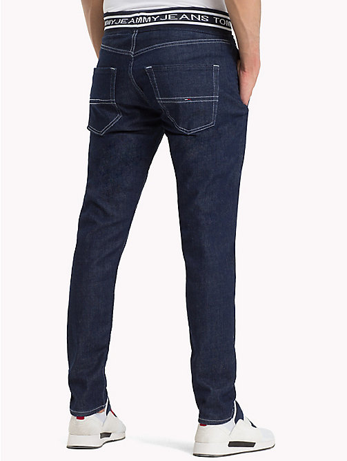 TOMMY JEANS Tapered Fit Jogginghose aus Denim - IVY RIB DK BLUE COM - TOMMY JEANS Tapered Jeans - main image 1
