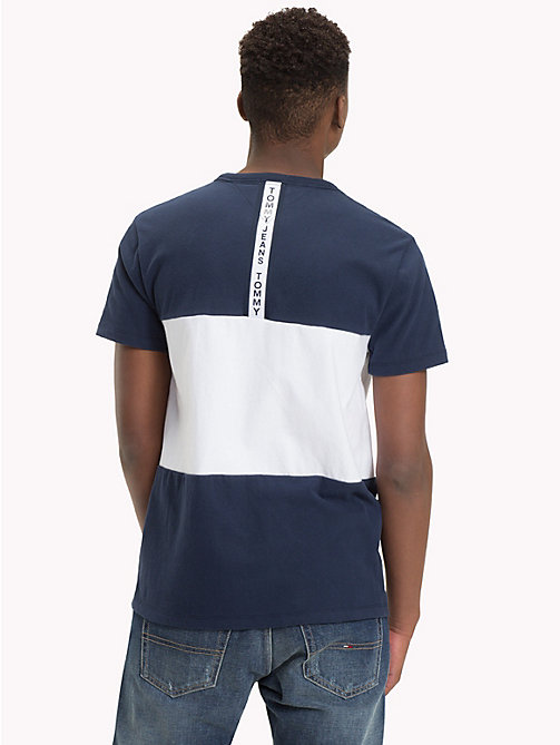 TOMMY JEANS Katoenen T-shirt met colour-blocking - BLACK IRIS / CLASSIC WHITE - TOMMY JEANS T-Shirts &  Polo's - detail image 1
