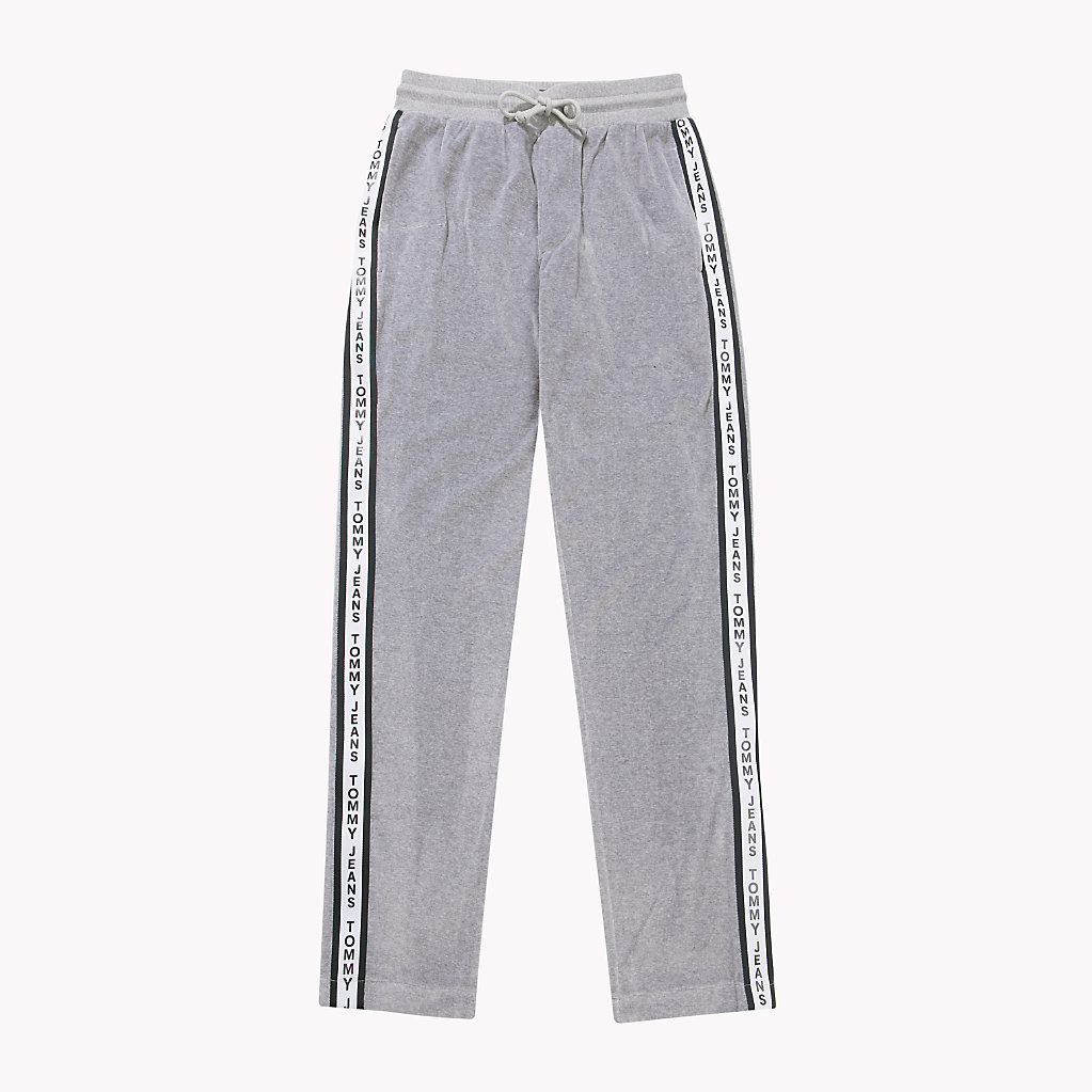 The velour tracksuit is officially back, says Juicy Couture The velour tracksuit is officially back, says Juicy Couture new images