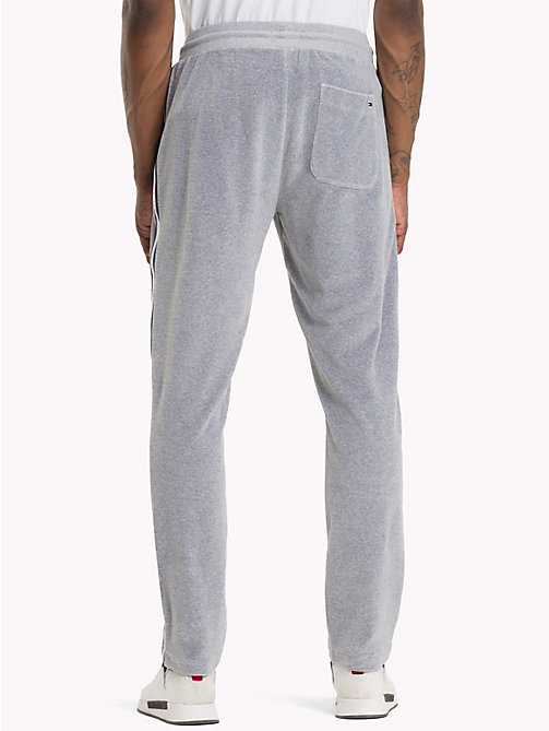 TOMMY JEANS Velours sweatpants - LT GREY HTR - TOMMY JEANS Trainingspak - detail image 1