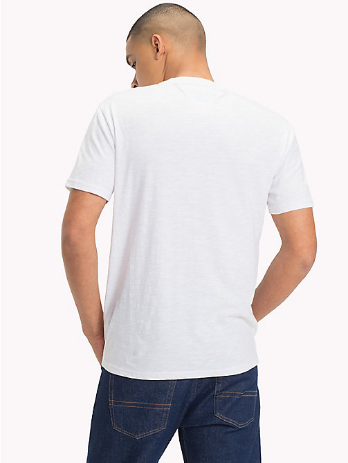 TOMMY JEANS T-Shirt mit College-Logo - CLASSIC WHITE - TOMMY JEANS T-Shirts & Poloshirts - main image 1