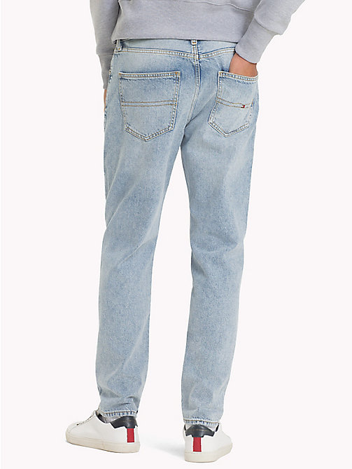 TOMMY JEANS Vaqueros dad desteñidos 90s - LIGHT BLUE DENIM - TOMMY JEANS Capsule - imagen detallada 1